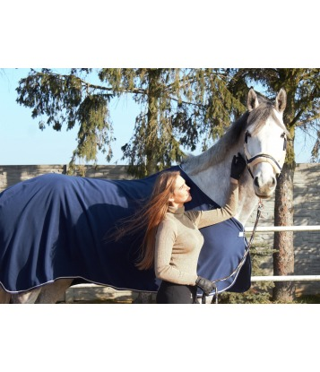 Fleece horse rug in Royal...